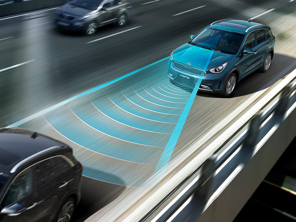 Kia Niro Plug-in Hybrid autonomous emergency braking